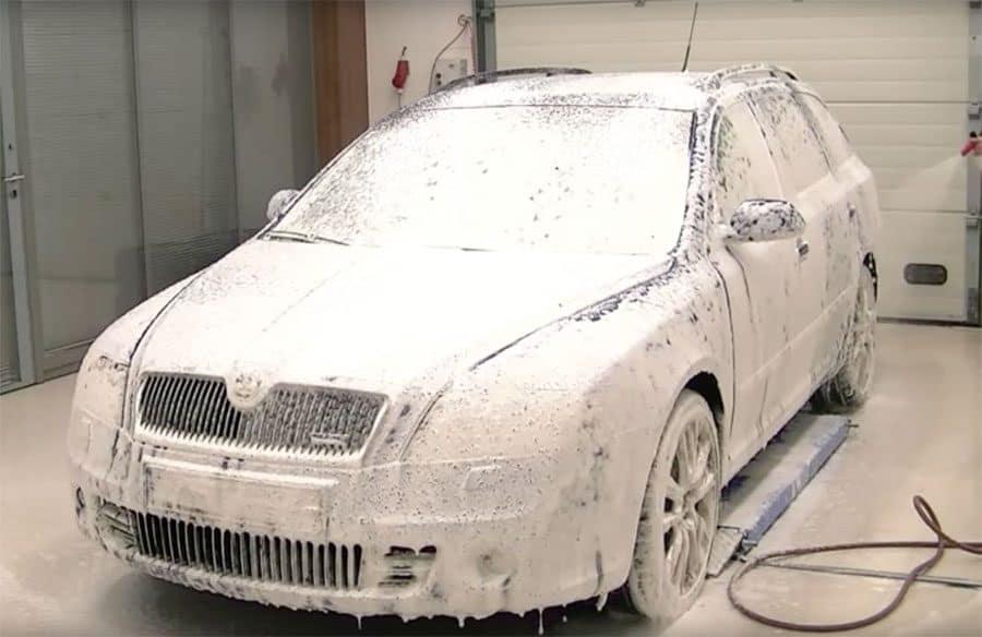 Foaming A Car With A Karcher Foam Lance