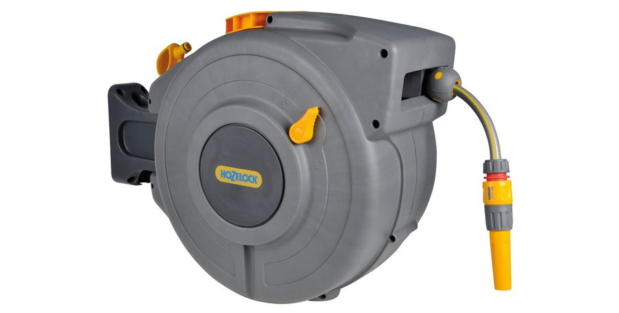 Hozelock Auto Rewind 20 m Hose Reel with Connectors and Fittings